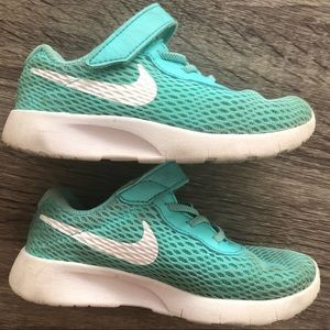 Girl Nike Tanjun Sneakers Teal 9c Velcro Closure